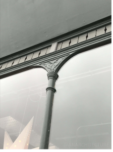 Glazing bar detail