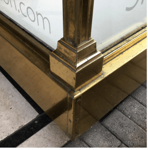 New bronze corner detailing